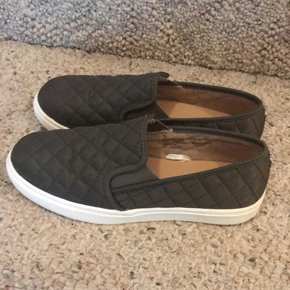 c19bbb73b82 Look alike Steve Madden sneakers from Target!